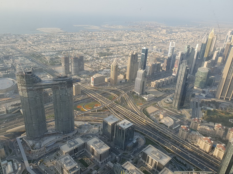 Uitzicht vanaf de 124e verdieping van de Burj Khalifa, Duabi